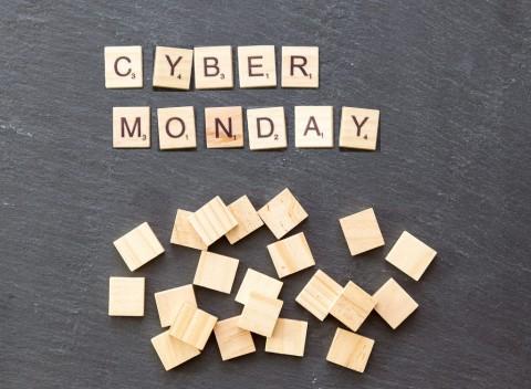Cyber Monday da cani: ecco i prodotti in offerta